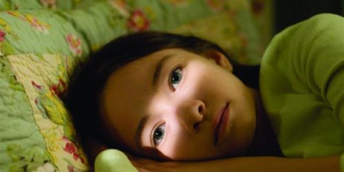 La jove protagonista que encarna a les forces de l'obscuritat.