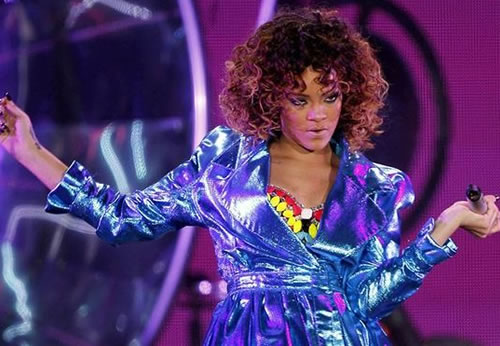 "Rihanna interpretant ""Only Girl (In The World)"" al Palau Sant Jordi de Barcelona."