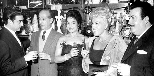 """Antonio González """"El Pescaílla"""", Antonio Quintero, Lola Flores, Mercedes Vecino i Rafael de León (ABC)"""