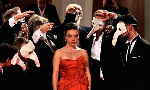 """Premiere amb màscares per """"La cinquieme saison"""""""