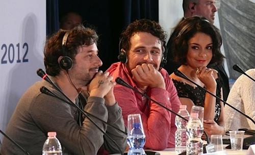 """James Franco i Vanessa Hudgens a la presentació de """"Spring breakers"""""""