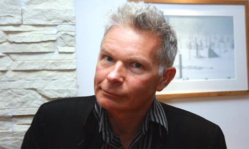 El cineasta Julien Temple