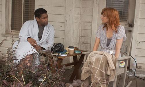 """Denzel Washington i Kelly Reilly a """"El Vuelo""""."""