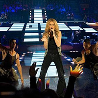 "Celine Dion a ""Taking Chances Tour"""