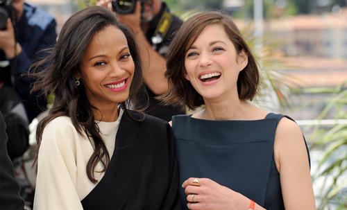 """Zoë Saldaña i Marion Cotillard, dues de les protagonistes de """"Blood Ties"""". (C) FDC"""