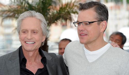 Michael Douglas y Matt Damon, protagonistas del último film de Steven Soderbergh. (C) FDC