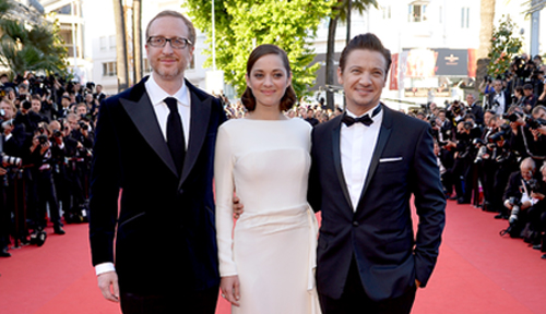 "James Gray, Marion Cotillard y Jeremy Renner presentan ""The Immigrant"". (C) AFP"