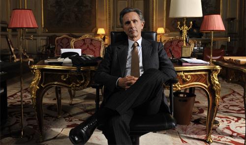 "Thierry Lhermitte, el divertit ministre d'afers exteriors de ""Quai d'Orsay"""