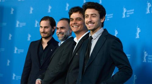 "L'equip de ""Praia do futuro"" somrient al Photocall de la Berlinale"