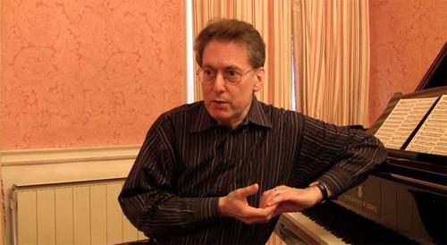 El pianista Robert Levin