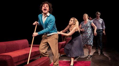 El loco y la camisa Teatre Romea