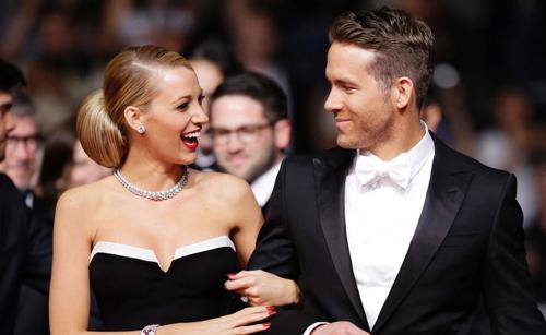 """Blake Lively i Ryan Reynolds a la catifa vermella de la presentació de """"Captive"""""""