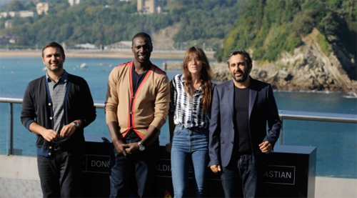 "Eric Toledano, Omar Sy, Charlotte Gainsbourg i Olivier Nakache a la presentació de ""Samba"". Foto: Gari Garaialde"""