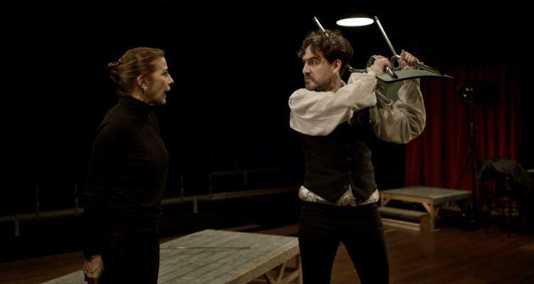 Inf mia la finestra digital for Teatre villarroel infamia