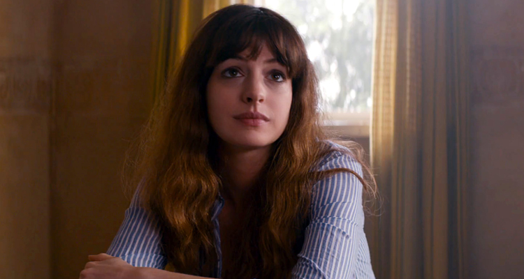 Colossal Anne Hathaway Nacho Vigalondo