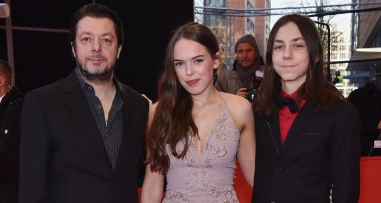 El director Thomas Arslan, l'actriu Hanna Karlberg i l'actor Tristan Goebel