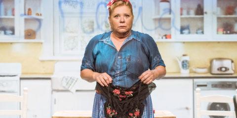Shirley Valentine Mercè Arànega