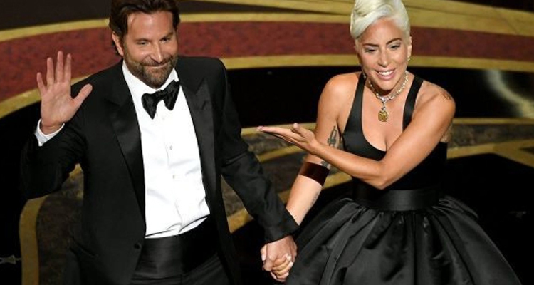 Bradley Cooper Lady Gaga A star is born Shallow