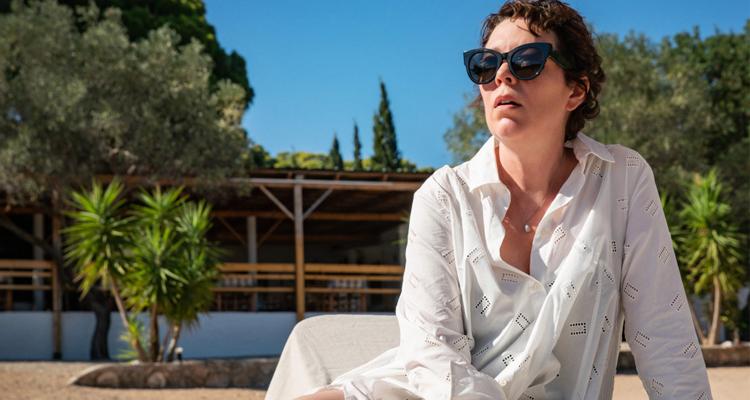 Maggie Gyllenhaal Olivia Colman The lost daughter